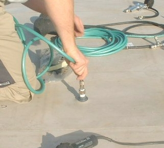 Ricerca perdite con sistema a gas tracciante: iniezione del gas